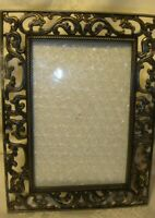"""Vintage Decorative Ornate Metal Photo Frame Holds 4""""x6"""" Picture Free-standing 38"""