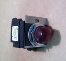 NEW GE GENERAL ELECTRIC CR104PXG49 LAMP SOCKET 125V AC/DC 3W W/RED LENS 0140