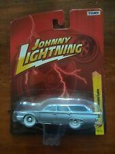 JOHNNY LIGHTNING FOREVER 64 R27 1960 FORD COUNTRY SQUIRE WHITE LIGHTNING VHTF