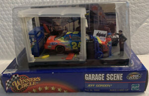 Jeff Gordon Winners Circle 2000 Garage Scene 1/43