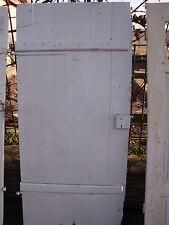 Alte Stalltür Zimmertür Tür mit Kastenschloss