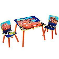 Tables et chaises rouges en bois pour enfant
