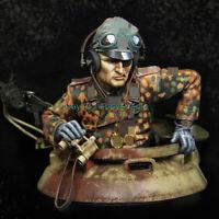 Unpainted Tank Commander Figure Model 1/9 Scale Garage Kits WWII Solder Statue