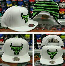 Mitchell and Ness NBA Chicago Bulls Snapback  White  green
