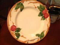 """Vintage Franciscan Earthenware Dinner Plate 10.5"""" Apple Pattern Hand Painted USA"""