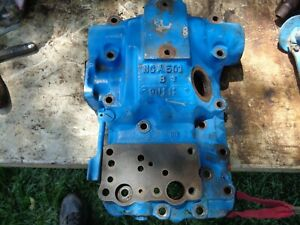 Ford Tractor 601-641-801-841  Hydraulic Top Cover Housing