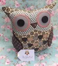SASS & BELLE FRANK BROWN OWL CUSHION DITSY LIVING / BEDROOM NOT TOY BIRD QUIRKY