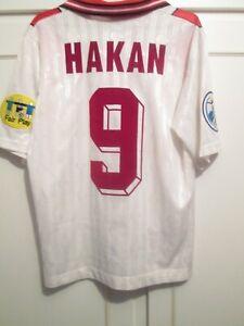 Turkey Euro 1996 Hakan 9 Away Football Shirt Size Small Adult /45062