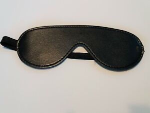 BL-51 Fur lined blindfold,