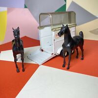 Tonka Stables Horse Trailer And Two Horses Broken Tow hook Farm 70s
