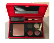 Elizabeth Arden Make Up Palette - 2 X Eye Shadow, 2 X Lip Gloss 1 X Blush