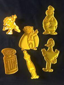 Wilton SESAME STREET Cookie Cutters Lot 1977