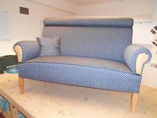 Ostfriesensofa / Küchensofa 2,5 - Sitzer , mit Nackenrolle und hohem Rücken