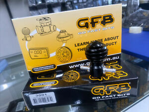 Manual boost controller Tee single stage under bonnet GFB Atomic black 3001