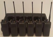 6 x Motorola DP4400 / DP 4400 UHF Handfunkgerät + 6 fach Schnellader