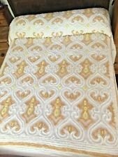 Vintage chenille gold and white double bedspread.