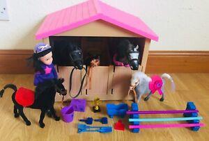 Pony stable toy set