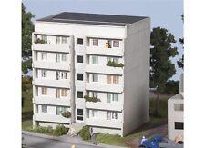 Piko 61146  - Plattenbau Wohnblock WBS70, Basis-Set Neu und OVP