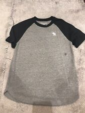 Boys ABERCROMBIE & FITCH T SHIRT AGE 11-12 YEARS