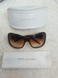 Marc Jacobs Womens Sunglasses, Case