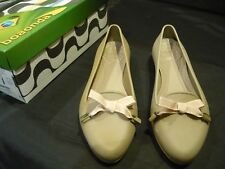 Boaonda Sapatilha Size 39 Beige Ballet Flats Shoes Rubber Bow Worn Once