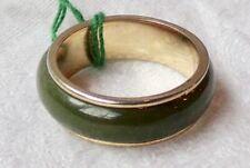 Vintage estate 14K carat yellow gold and jade ring. Size 6.5.