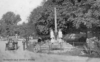 Yorkshire - Thornton Dale Cross & Stocks - Vintage Postcard. Children (56)