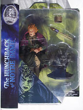 UNIVERSAL STUDIOS MONSTERS THE HUNCHBACK OF NOTRE DAME. 7-INCHES, GARGOYLE BASE