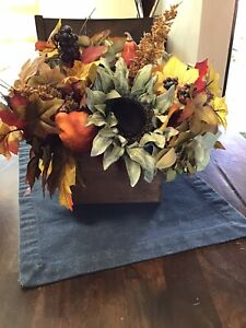 Natural Square Wooden Boxes For Centerpieces