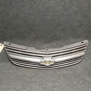 2000-2005 Chevrolet Chevy Impala Grille Gray w/ Chrome Emblem 10289769 OEM 53661
