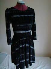 Topshop Schöne Aztec-Kleid Größe 8 -10 GB/36