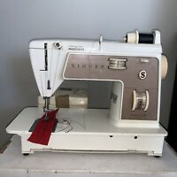 Singer Touch and Sew 758 Deluxe Zig Zag Sewing Machine