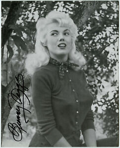 Sweater Girl Bunny Yeager Pin-Up Lithograph NOS Hand Signed Bunny Yeager