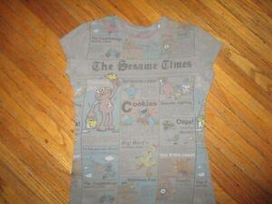 SESAME STREET TIMES T SHIRT Newspaper Bert Oscar Snuffy Elmo Juniors GIRLS MED