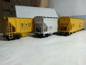 Bev-Bel #'s 320,324,865, HO Athearn ,Chessie, B&O covered hoppers, used