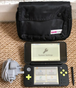 *New Style* Nintendo 2DS XL: Black & Lime Green Console 'Mario Kart 7 Edition'