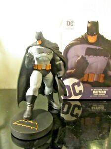 DC Collectibles Designer Series: Batman by Andy Kubert Mini Statue~