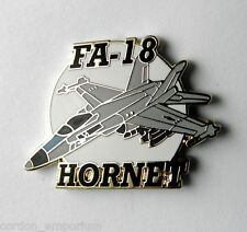 US NAVY F-18 HORNET EMBLEM AIRCRAFT MILITARY PLANE LAPEL PIN BADGE 1 INCH