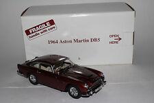 Danbury Mint 1964 Aston Martin DB5 Roadster Coupe 1:24 Scale Diecast Model Car