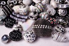 20 pieces Jesse James Beads Black & White, Indonesian, Hand Beaded JJB503