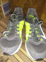 Nike ZM Zoom Elite+ 6 Running Shoes Men's Size US 14  554729-001 grey day glow