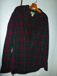 Gent Worn L.L. Bean Burgundy Green Flannel Shirt Mens Medium Reg Slightly Fitted