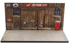 Diorama présentoir garage Chuck's auto repairs- 1/43ème - #43-2-C-C-006