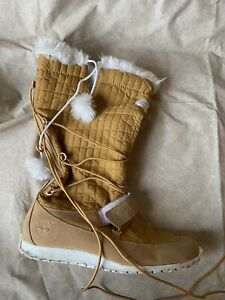 TIMBERLAND TAN LEATHER QUILTED WINTER BOOTS TALL PULL ON WOMEN 9
