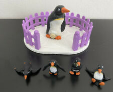 Vintage M.E.G. Puppy In My Pocket Penguin Family Playset W Base 1994 Rare Zoo
