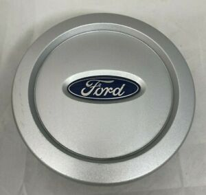 NEW 2003-2006 Ford Expedition Hub Wheel Center Cap Silver 4L14-1A096-CB