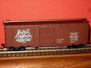 HO Walthers RTR: New Haven, Script logo PS-1 40' box car. Custom work C-9/ob bd