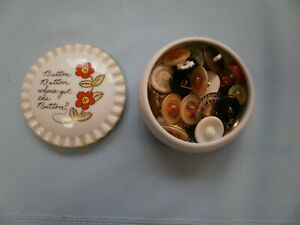 26 Scenic Floral Buttons Plastic Glass Cut Out Openwork Porcelain Button Dish