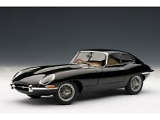 Auto Art Jaguar E-Type Coupe Series 1 3.8 schwarz 1:18