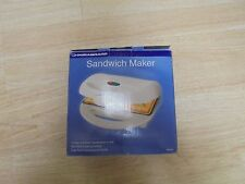 DURABRAND Non-Stick, Crimps and Seals Sandwiches in Half Sandwich Maker